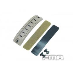 FMA Helmet Middle Rail DE